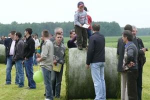 Premie dla młodych rolników głównie na maszyny