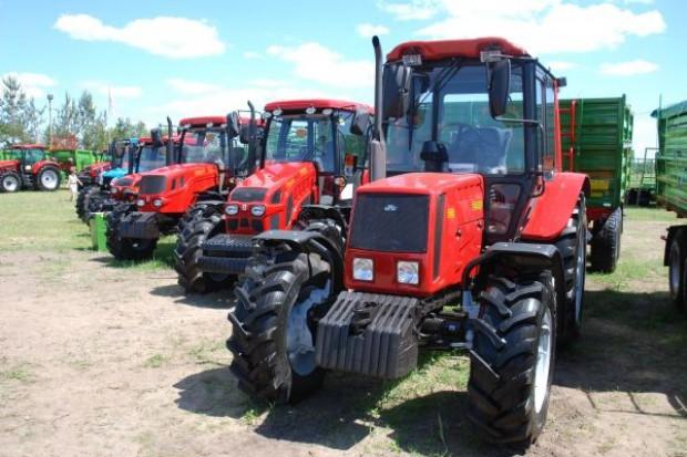 Mniej sprzedanych ciągników w maju