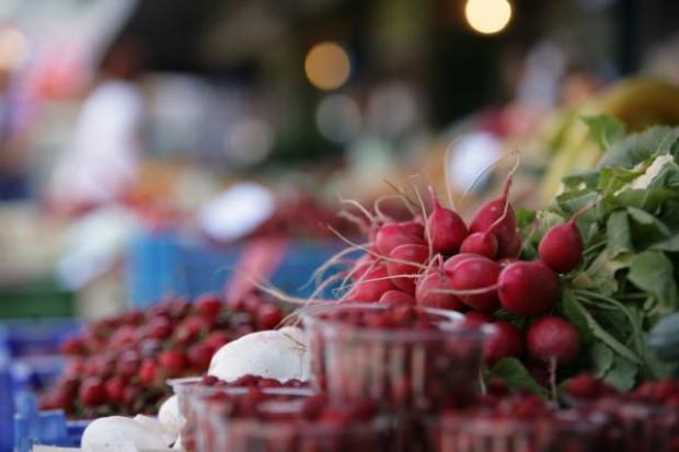 Mniej pieniędzy dla producentów warzyw i owoców
