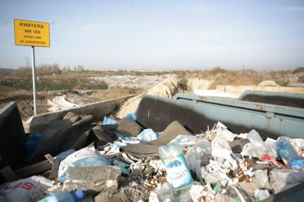 Rada gminy wprowadzi opłatę śmieciową
