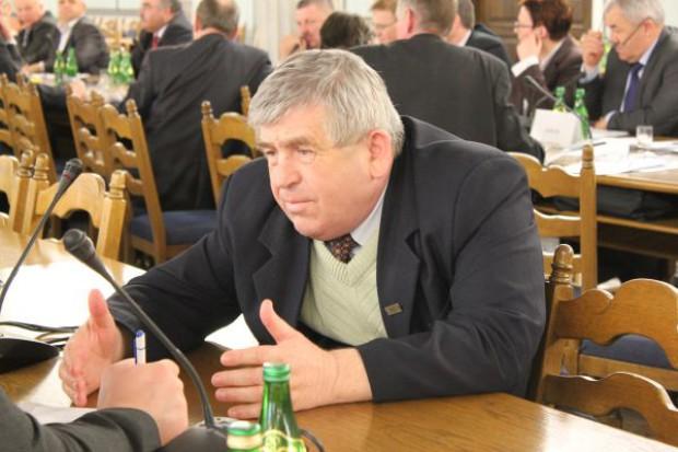 Rolnicy: Wymarzły oziminy, rząd powinien pomóc