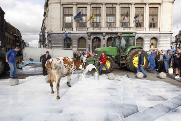 Pogłębiający się kryzys na rynku mleka
