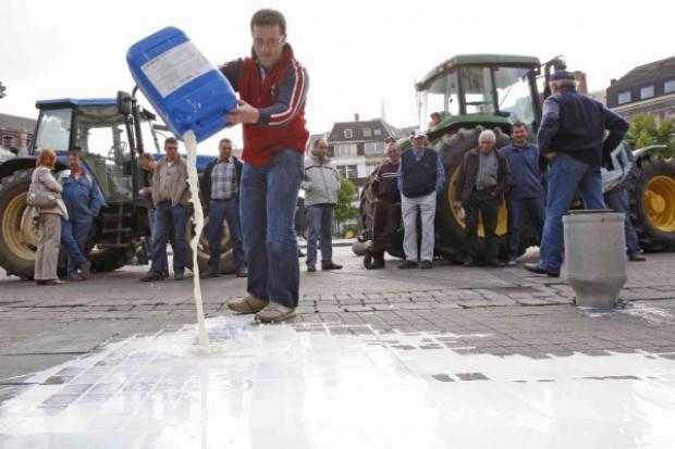 Szwedzcy producenci mleka wyszli na ulice