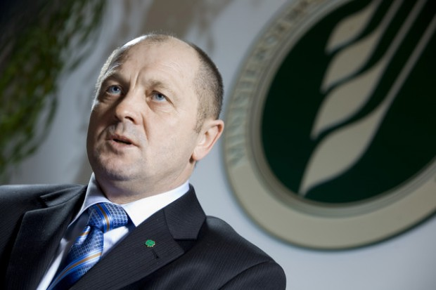 Był szefem resortu nieprzerwanie od 2007 r.
