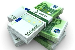101 mln euro mniej na dopłaty w 2012