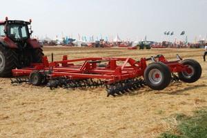 Hektary maszyn na Innov-Agri