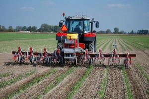GPS w maszynach uprawowych