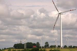 Energetyka wiatrowa wytyka błędy w ustawie o OZE