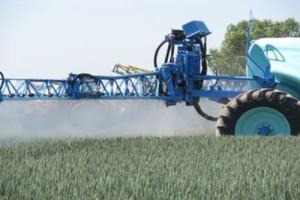 Trzy poprawki do ustawy o środkach ochrony roślin