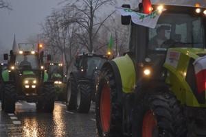 Rolnicy ruszyli na drogi, minister poparł protest