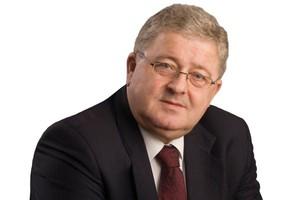 Siekierski: KE kontra Rada i Parlament w kwestiach WPR