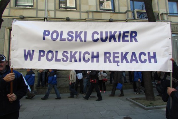 Plantatorzy i pracownicy KSC protestują w stolicy