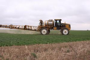 Opony SprayBib dla lepszej ochrony upraw