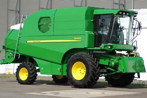 John Deere W440 – oferta dla mniejszych gospodarstw