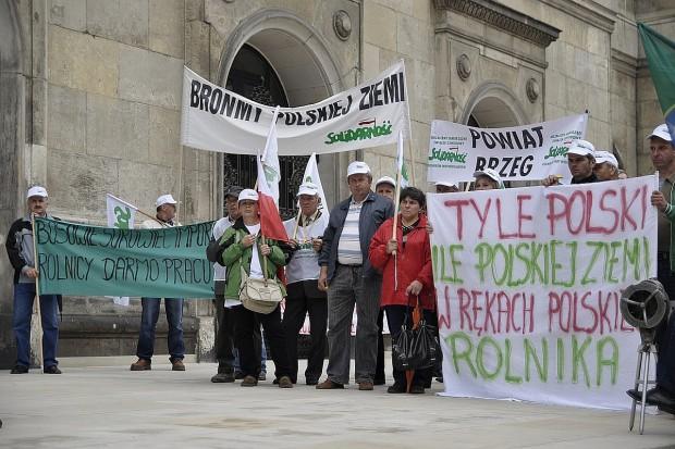 Dość lekceważenia rolników - protest pod ministerstwem (zdjęcia)