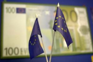 Unia przyspiesza wypłaty dopłat