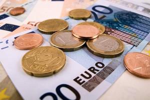 Kraje nie muszą informować KE o wcześniejszych wypłatach dopłat