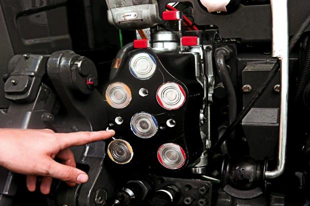 Fendt rewolucjonizuje układ szybkozłączy hydraulicznych