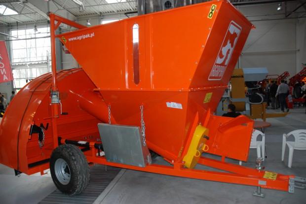 Agripak – proste maszyny do pakowania ziarna i pasz