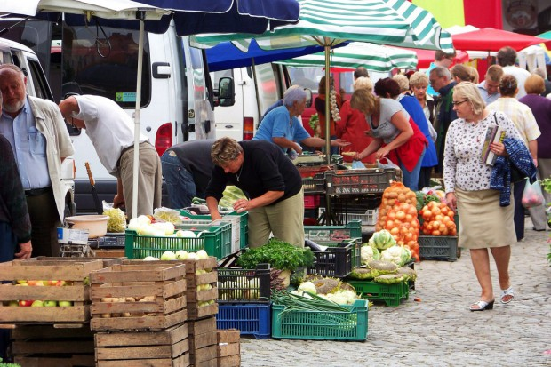 Coraz więcej warzyw krajowych na rynkach hurtowych