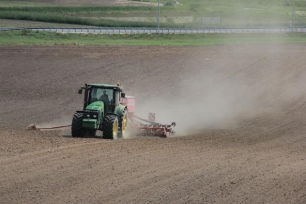 Wilkin o 25-leciu: polskie rolnictwo opłaca się dotować