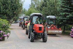Video: Zaufali marce Same -  59 traktorów w gospodarstwie