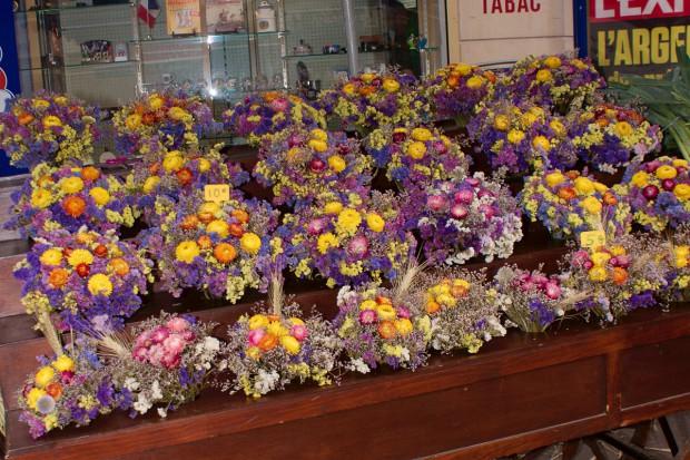 Suszenie kwiatów – zatrzymać lato w wazonie
