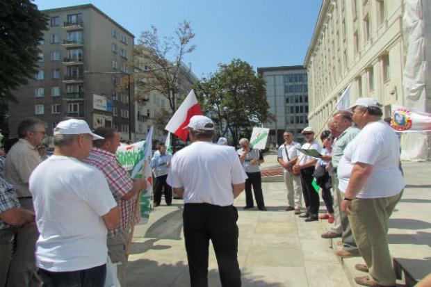 Polscy rolnicy protestują w Brukseli