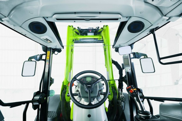 Claas Arion 400 – kabina Panoramic na złoto