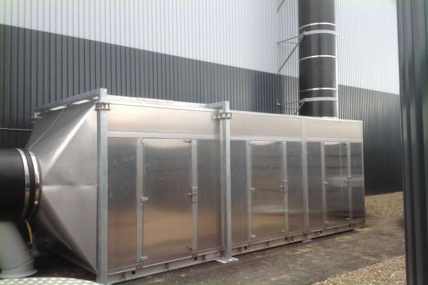 Fotochemiczne oczyszczanie powietrza, po raz pierwszy w produkcji zwierzęcej