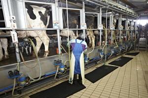Skup mleka od  kwietnia do  listopada 2014 r.