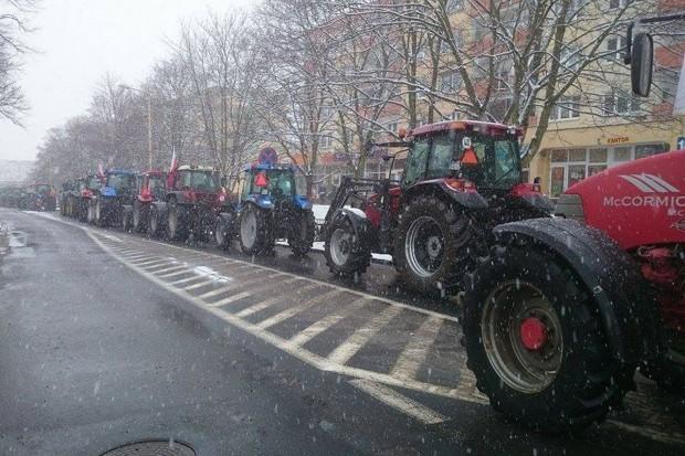 """Rolnicza """"Solidarność"""" zapowiada na 19 lutego protest w Warszawie i regionach"""