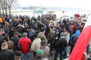 Protesty rolników to zagrywka polityczna