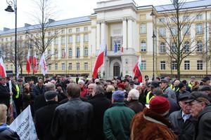 Protestujący: Potrzeba zmian systemowych w rolnictwie