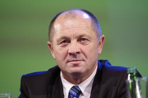 Minister Sawicki prezentuje wyniki prac zespołów roboczych