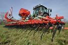 Maszyny do wiosennego przygotowania użytków zielonych