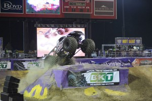 BKT sponsorem Monster Jam Tour