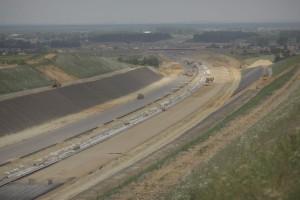 Będzie łatwiej budować drogę i chronić własność gruntu?