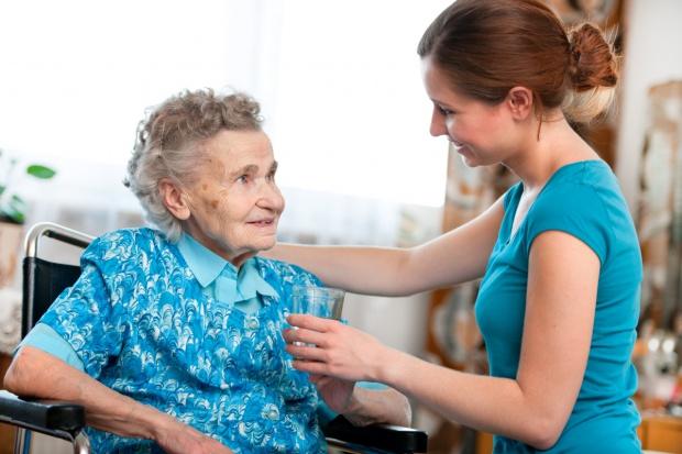 Informacja dla osób pobierających świadczenie pielęgnacyjne, zasiłek opiekuńczy lub dla opiekuna