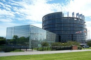 Dziennik Gazeta Prawna: Wieś ofiarą unijnego rozdania