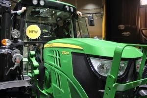 John Deere liderem sprzedaży ciągników w październiku