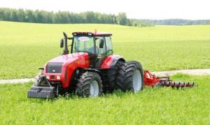 MTZ Belarus 3525.6 ciągnik do najcięższych zadań
