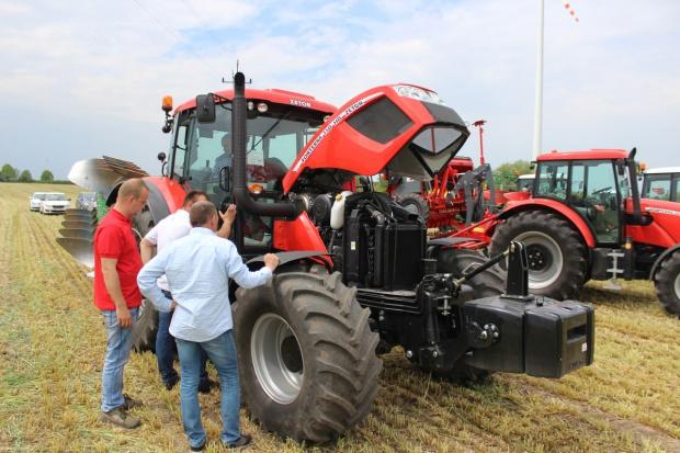 A na gwiazdkę poproszę ciągnik – promocje na ciągniki rolnicze