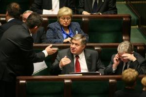 Jurgiel: Państwowych gruntów nie kupimy, ale możliwa jest dzierżawa