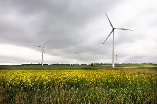 Biogazownie pewniejsze od wiatraków