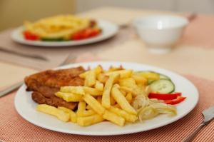 Dania: Stołówki w mieście Randers zobowiązane do serwowania wieprzowiny