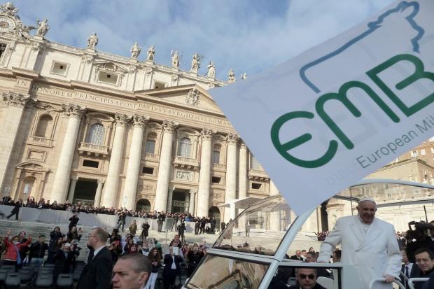 Papież Franciszek wspiera producentów mleka (zdjęcia)