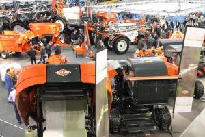 Bez PROW rolnicy inwestują mniej w ciągniki - więcej w maszyny towarzyszące