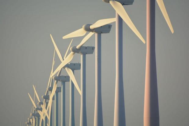 Prezesi spółek energetycznych: Ustawa wiatrakowa nie zaszkodzi