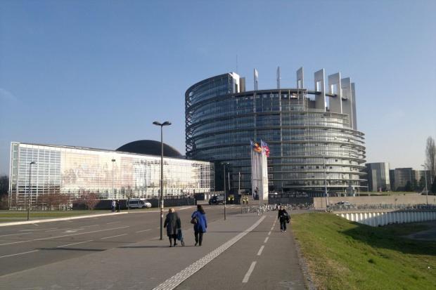 PE za ograniczeniem stosowania glifosatu